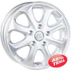 Купить REPLICA Hyundai JT 1272 Silver R15 W5.5 PCD5x114.3 ET45 DIA67.1
